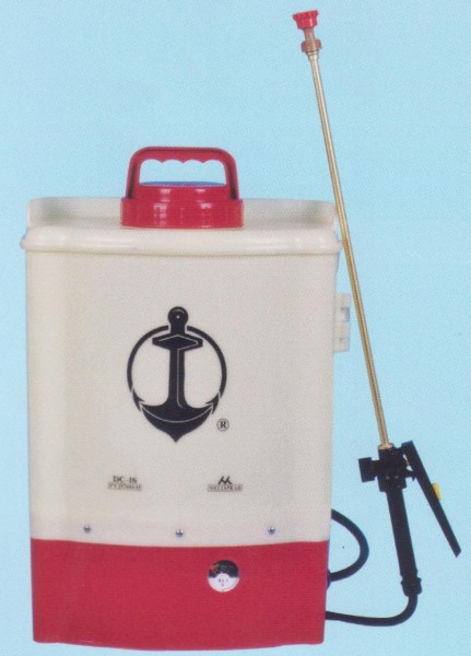 DC-16 Battery Sprayer1